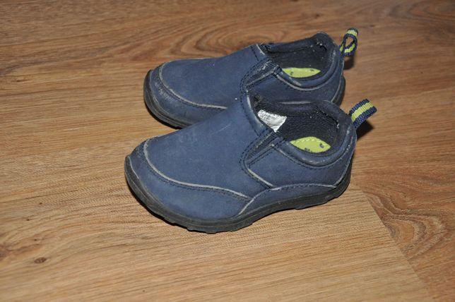 Кроссовки для мальчика jumping beans р. 6