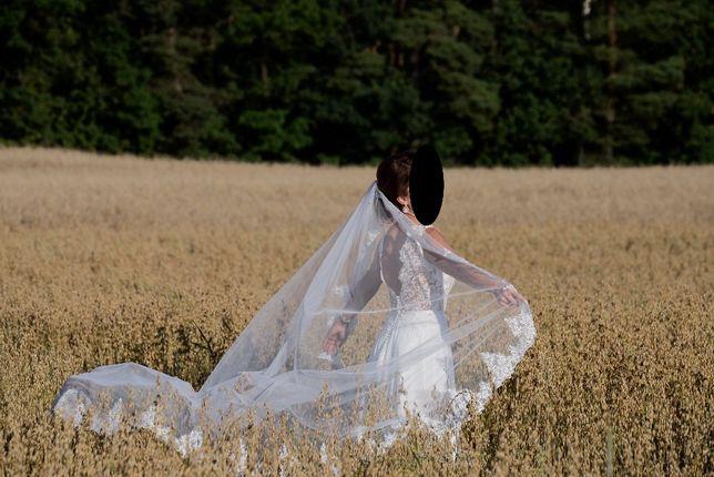 *Suknia ślubna *