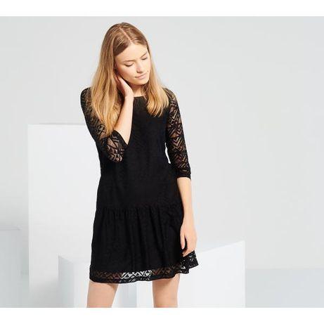 Reserved czarna koronkowa sukienka z falbaną 42 XL