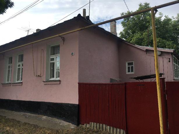 Продам 4-кімн. квартиру у 1 пов. будинку у центрі Звенигородки 12500$