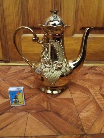 Продам чайник, кофейник в золоте
