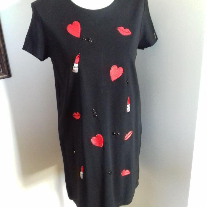 Czarna sukienka w serduszka firmy Mohito Nowy Dwór Mazowiecki - image 1