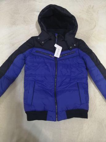 Курточка новая на мальчика