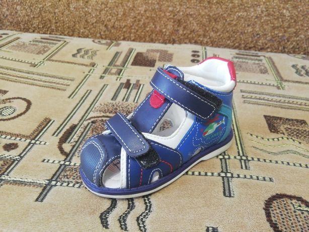 Продам детские босоножки сандали на мальчика Tom. m