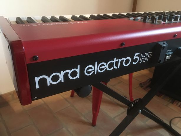 Nord Electro 5 HP 73 Stage Piano + Softcase Nord