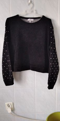 Bluza welurowa czarna z ozdobnymi cekinami na rękawach PRIMARK