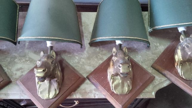4 candeeiros de parede em Bronze e madeira