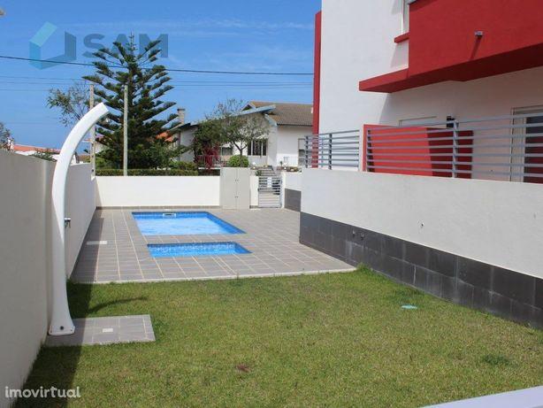 Apartamento T4 - Praia Areia Branca