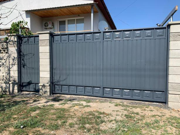 Ворота распашные, металические, заборы и ворота жалюзи.