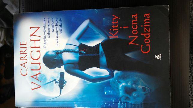 "Książka Carrie Vaughn ""Kitty i Nocna Godzina"""