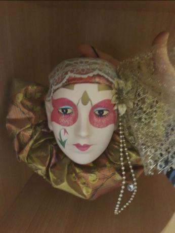 Maska ozdobna wisząca