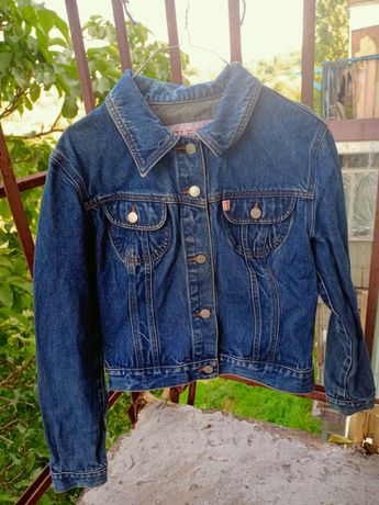 Пиджак джинсовый GUESS,женская джинсовка