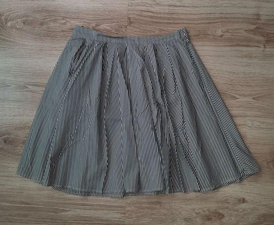 spódnica Mohito w roz. 40