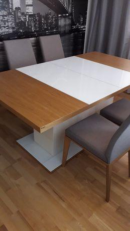 Stół Paged bez krzeseł