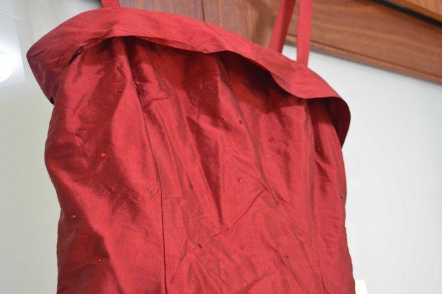 Vestido de cerimónia vermelho de seda selvagem