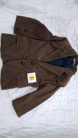 Пиджак на мальчика. Новый