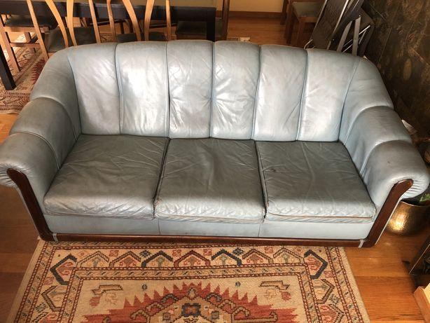Sofa cama 3 lugares+2 poltronas em pele