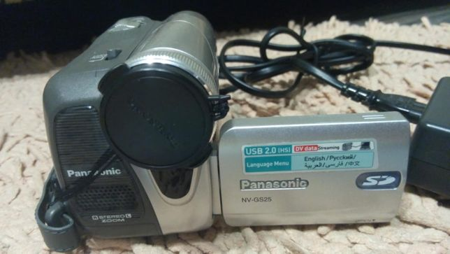 Продам видеокамеру Panasonic NV-GS25.
