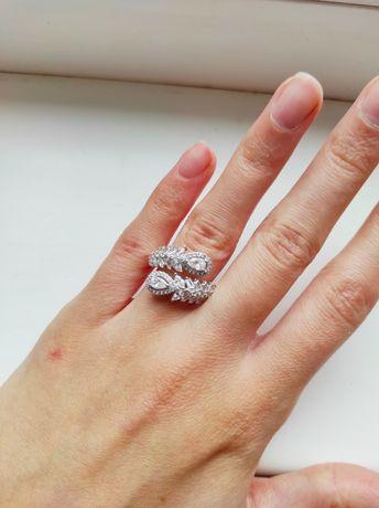 Новое серебрянное кольцо, Италия