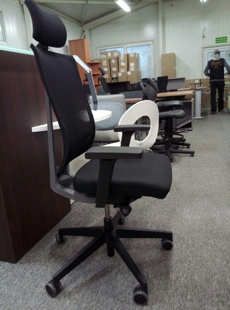 Fotel Xenon NET 111SL P59PU Profim