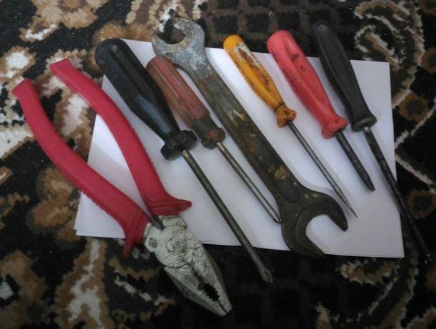 продам набор инструментов ссср