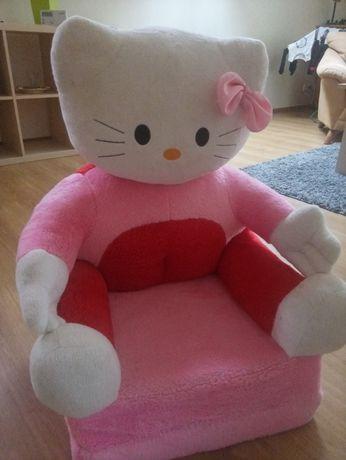 Fotel dla dziewczynki