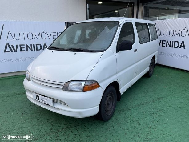 Toyota Hiace 2.5 D 9 Lugares