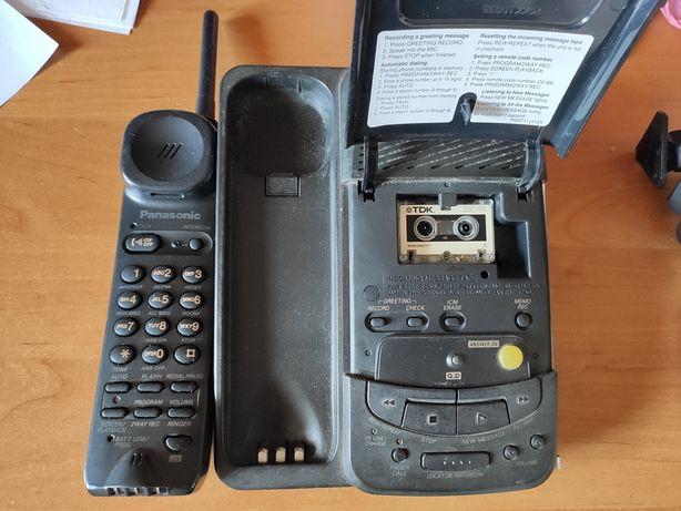 Радиотелефон Panasonic с автоответчиком