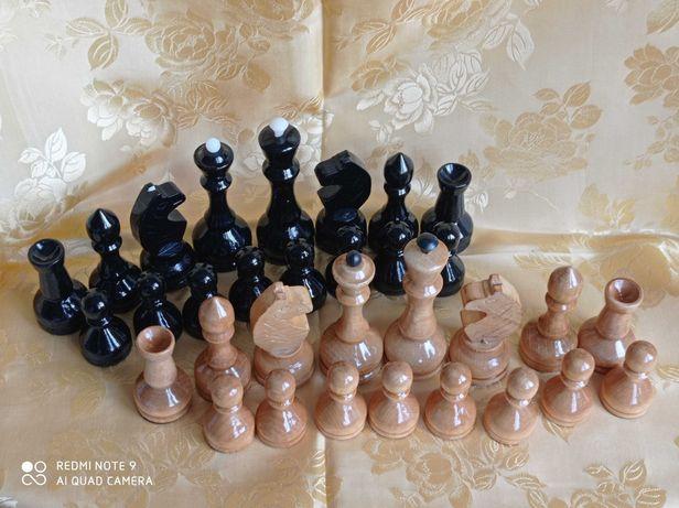 комплект шахматных фигур (дерево, большой размер)