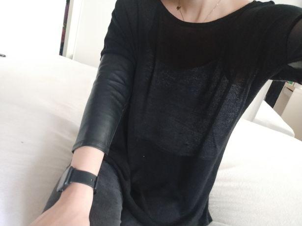 Sweterek ze skórzanymi rękawami