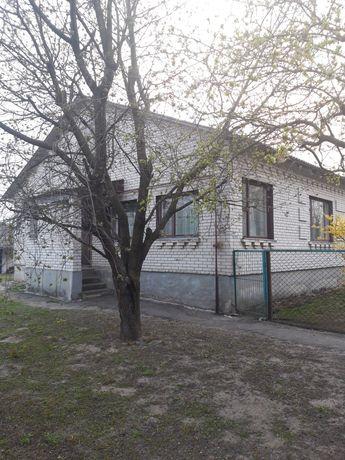 Продаём дом с. Корнеевка, Киевская обл
