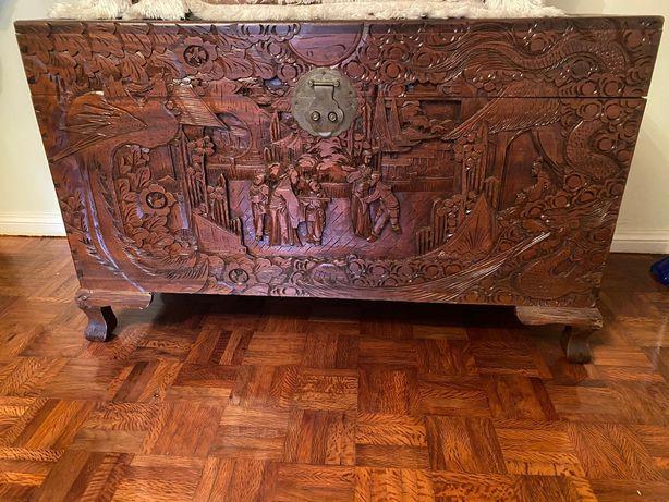 Arca em madeira cornicopia