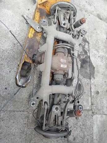 Belka dyfer zawieszenie tył kompletne BMW E61