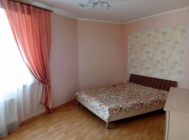 Продам 2к.кв. (евро трёшка) квартира с ремонтом и мебелью в центре.