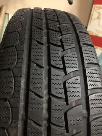 Колеса резина гума шины Nexen R16 215/70 100T зимнее
