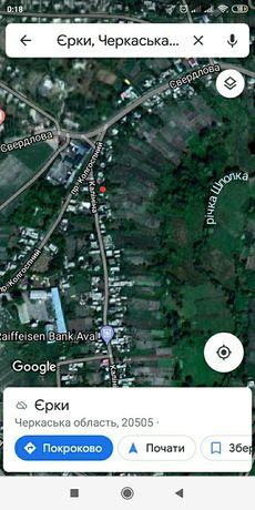 Продам земельну ділянку в смт Єрки