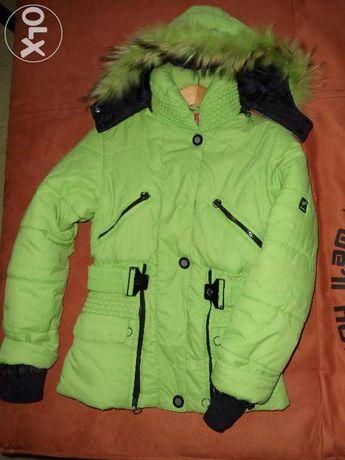 Куртка зимняя на холофайбере для девочки