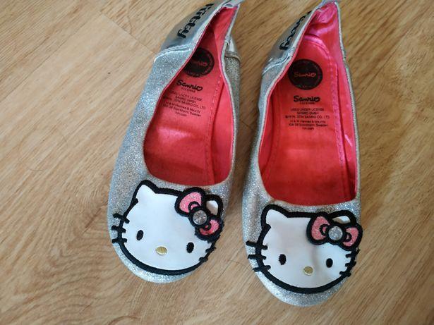 Baleriny Hello Kitty, buty dziecięce