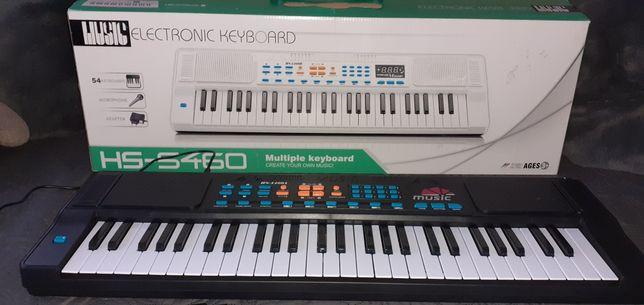 Продам новый электронный детский синтезатор