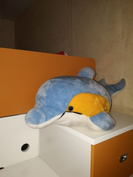 Мягкая игрушка дельфин, в отличном состоянии