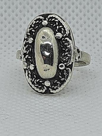 Srebrny pierścionek spółdzielni Imago Artis PRL