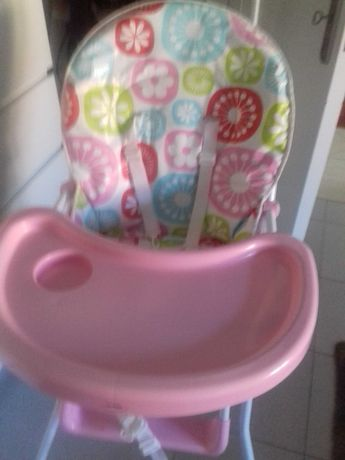 Baby high chair in Pink