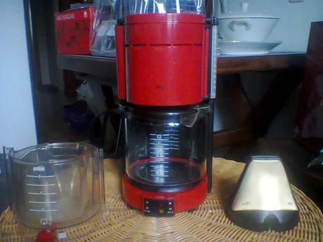 EKSPRES do kawy i herbaty - przepływowy BRAUN