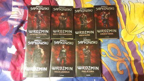 Wiedźmin pakiet książek z okładkami z gry Wiedźmin 2