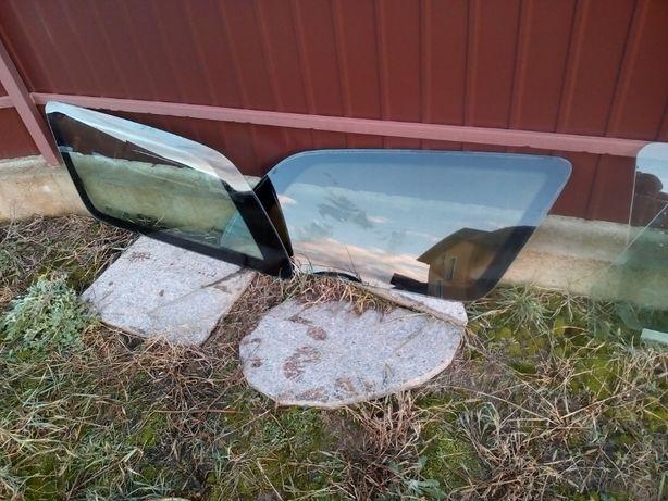 Скло стекло праве ліве Мондео 1 2 заднє багажника