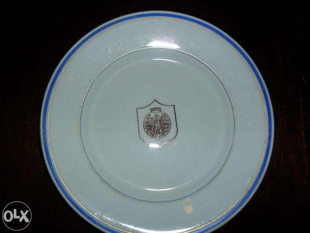 prato Vista Alegre com símbolo no centro