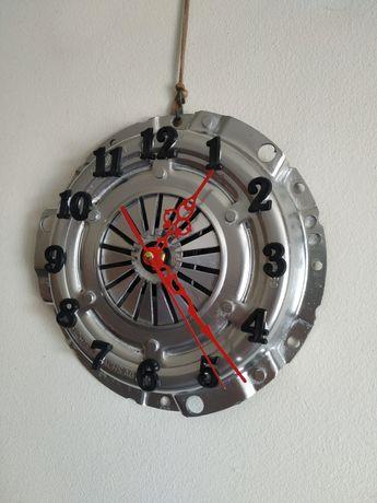 Relógio de parede  Embreagem