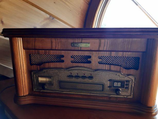 Radio,CD,gramofon HYUNDAI.
