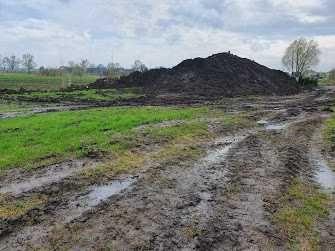ziemia ogrodowa z pola,humus,ziemia z pola