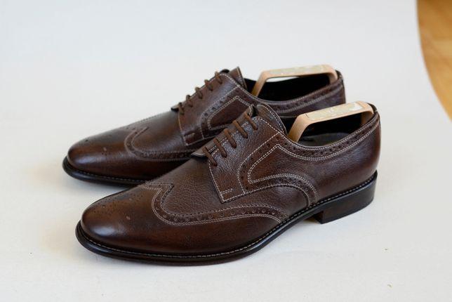 Туфли Calzoleria Toscana zegna. броги santoni boss. модель loake gucci